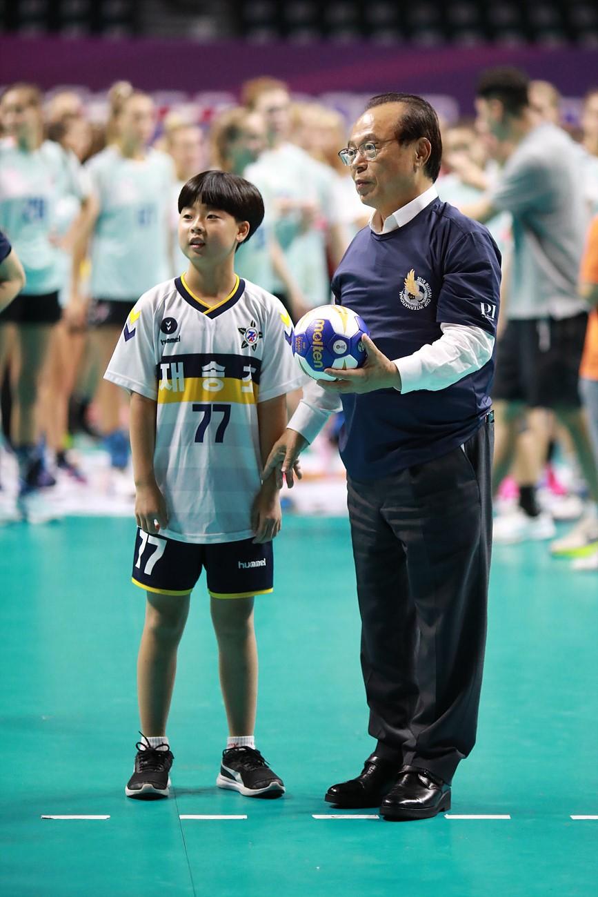 2019 부산컵 국제친선 여자핸드볼대회 한국 2연승 이미지1번째
